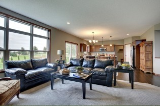 Family Room and Kitchen - Wyndam Hills Hastings Minnesota form Local Builder Michael Lee